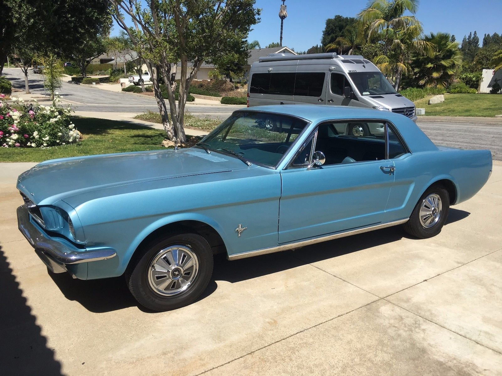 Ford mustang 1966 boss importation de voitures for Garage ford vernon 27200