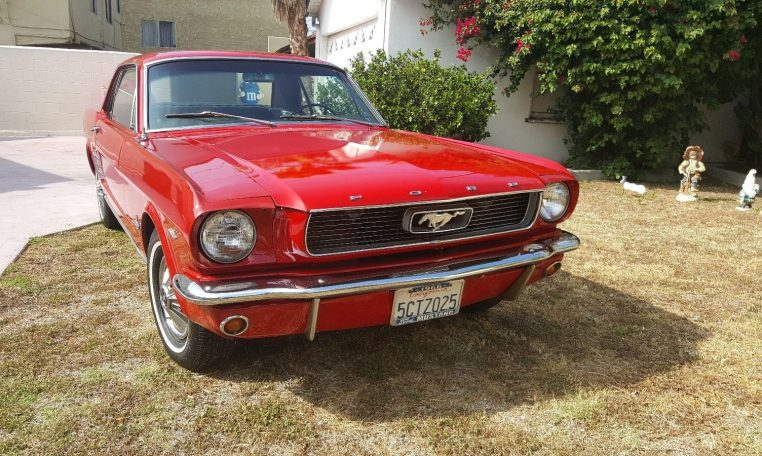 ford mustang 1966 boss importation de voitures am ricaines. Black Bedroom Furniture Sets. Home Design Ideas